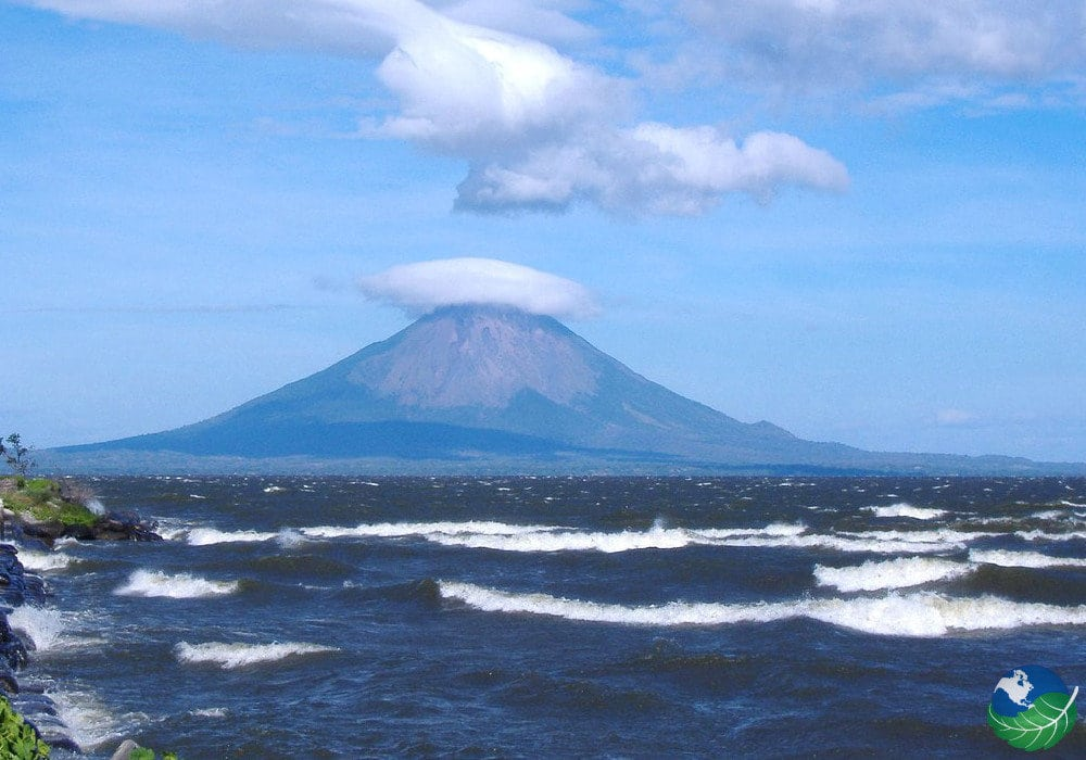 Lake Nicaragua The Largest Lake Of Central America