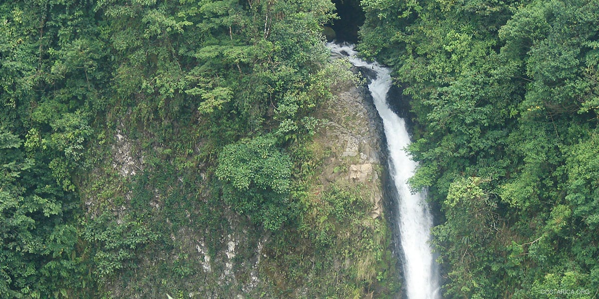 The La Fortuna Waterfall